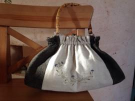 リネンとウールで作るステンシルの変わり口金バッグ
